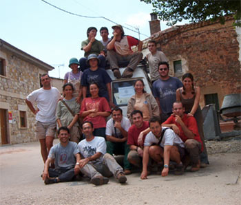 Excavation team of 2002